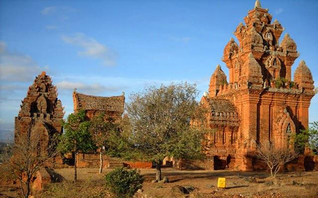 Tháp Chàm Poshanư -  dấu ấn Chăm Pa còn sót lại